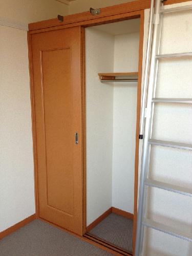 レオパレスバロンドール 103号室の収納