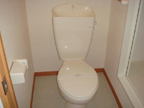 レオパレス志賀 302号室のトイレ