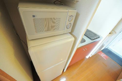 レオパレススアーブ 105号室のキッチン
