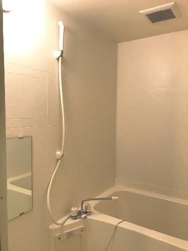レオパレスMⅠ 201号室の風呂