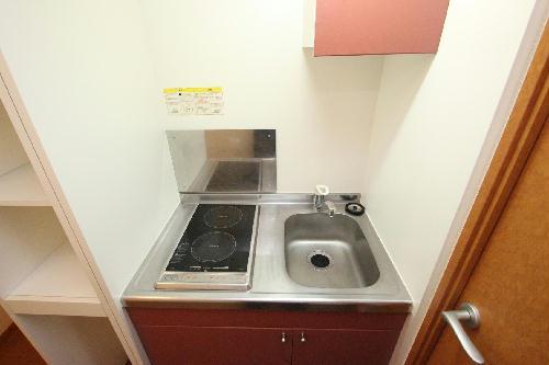 レオパレス入山Ⅱ 102号室のキッチン