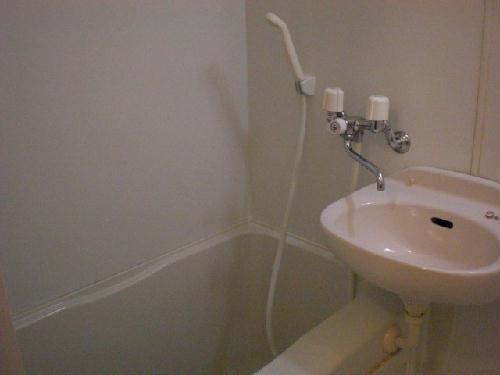 レオパレスマカービルシャナ 101号室の風呂