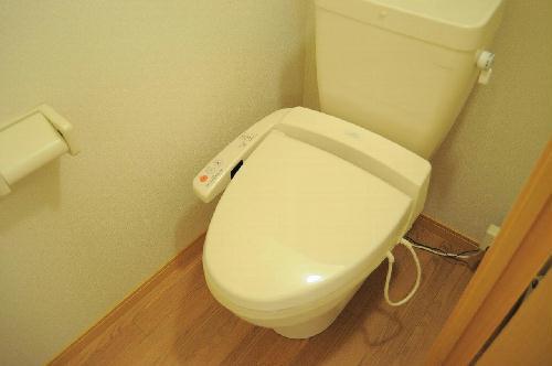 レオパレスハーモニー垣添 204号室のトイレ