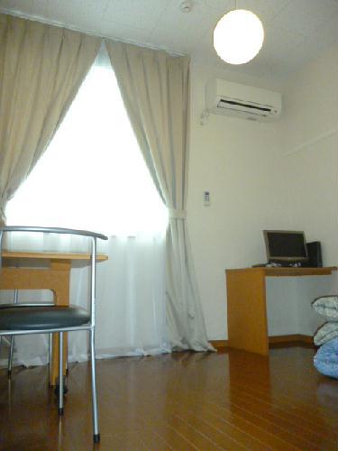 レオパレス光草 304号室の居室