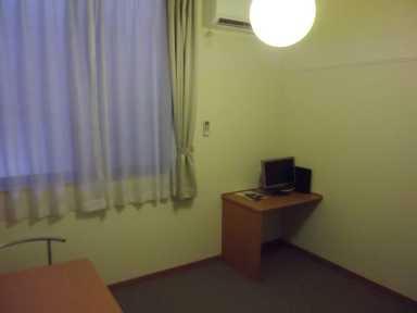 レオパレス光草 305号室のリビング