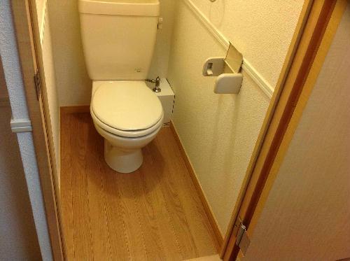 レオパレスサイレンスK 304号室のトイレ