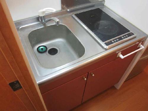レオパレスJ BOX Ⅲ 103号室のキッチン