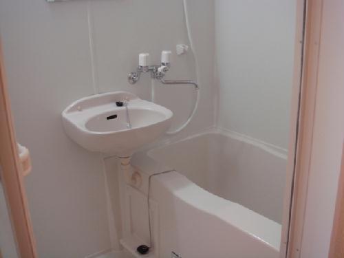 レオパレス水向 213号室の風呂