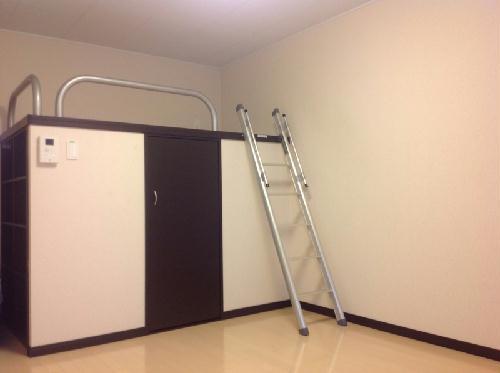 レオネクストリッフェル 202号室のリビング