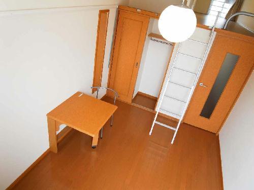 レオパレスピュアライズパートⅡ 201号室のリビング