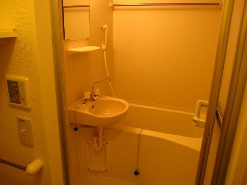 レオパレスピュアライズパートⅡ 201号室の風呂