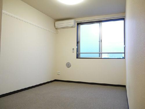 レオネクストジェマーレ大網 102号室のベッドルーム