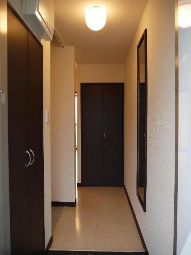 レオネクストジェマーレ大網 102号室の玄関