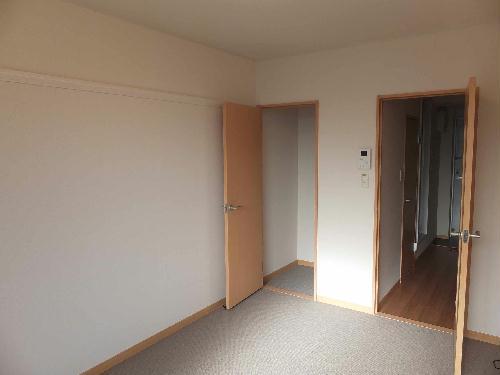 レオパレスリソランテ 301号室のリビング