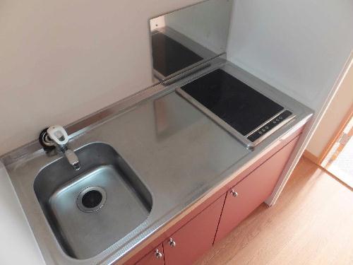 レオパレスリソランテ 301号室のキッチン