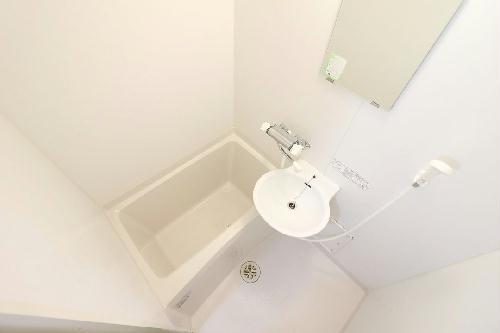 レオパレスレジェンド 202号室の風呂
