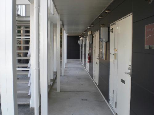 レオパレス2001 101号室の玄関