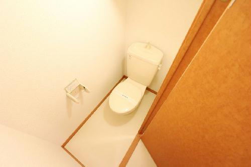 レオパレスウエスタン 204号室のトイレ