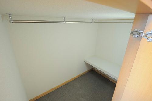 レオパレスIEYASU 304号室の収納