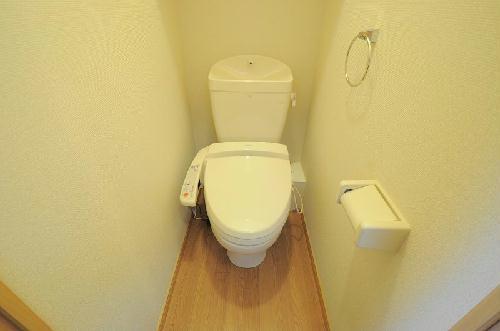 レオパレスIEYASU 304号室のトイレ