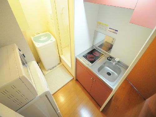レオパレスSUZUKI 208号室のキッチン