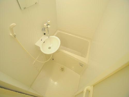 レオパレスSUZUKI 208号室の風呂