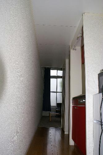 レオパレスハッピーワン 206号室の玄関