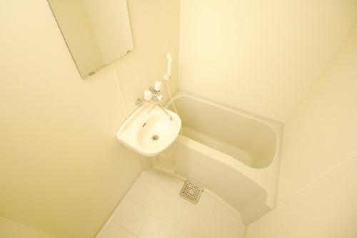 レオパレスル・ブランシェ 201号室の風呂