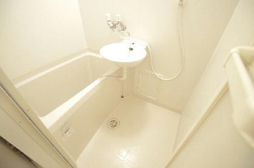 レオパレス三立ハイツC 202号室の風呂