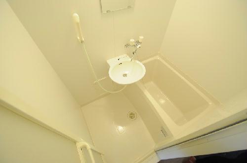 レオパレスコーポ西新道バザール 109号室の風呂