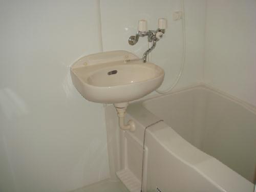 レオパレスピソⅡ 201号室の風呂