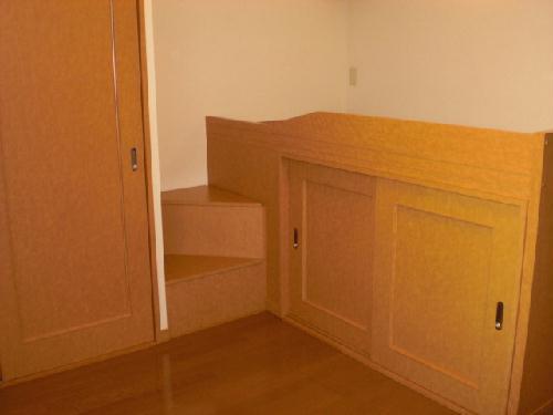 レオパレス幸田B 206号室の居室