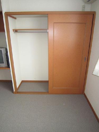 レオパレスエスト大利根 204号室の収納