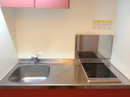レオパレス山﨑88 104号室のキッチン