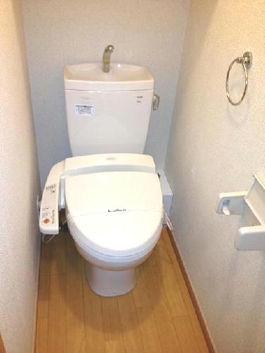 レオパレスグリーンバレー内谷 203号室のトイレ