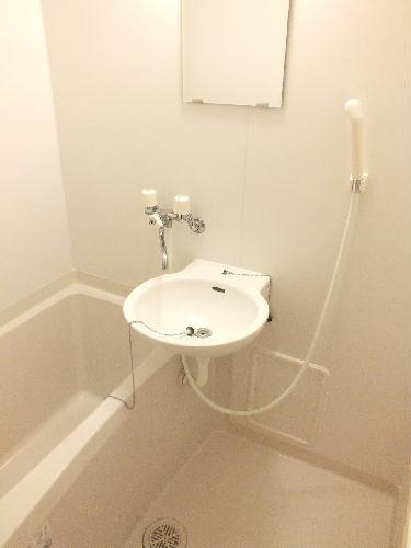 レオパレス一加 109号室の風呂