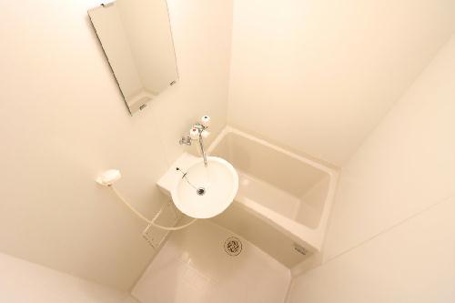 レオパレス州見台 109号室の風呂