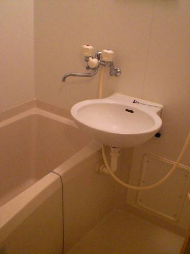 レオパレスシュガーグレイス 102号室の風呂
