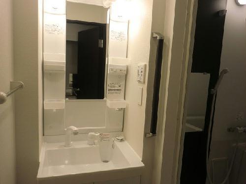 クレイノ立川ピュアコート 101号室の洗面所
