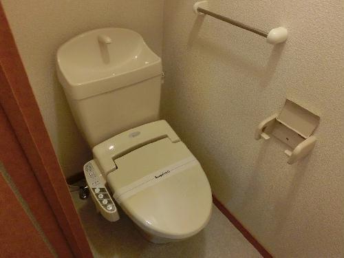 レオパレスエクセルケンFive 103号室のトイレ