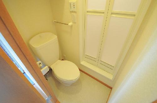 レオパレスフォンターナ 203号室のトイレ