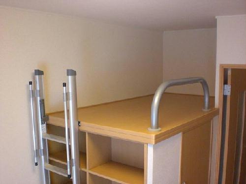 レオパレスリバーヴィレッジM 106号室のリビング