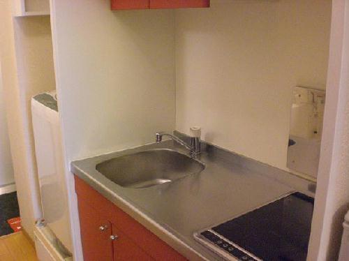 レオパレスリバーヴィレッジM 106号室のキッチン