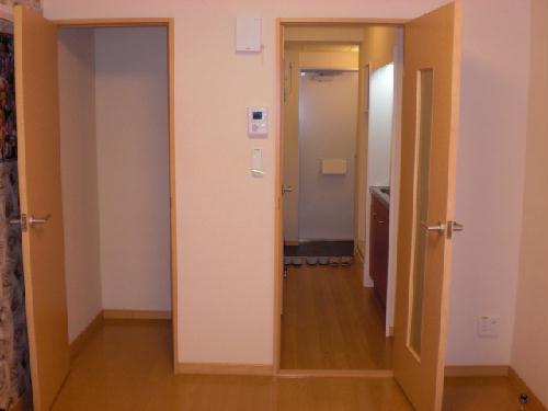 レオパレスリナフェリーチェ 103号室の収納