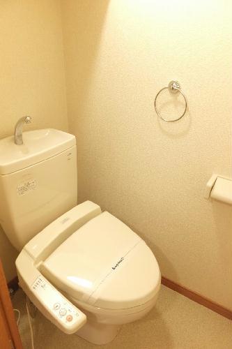レオパレス翠 208号室のトイレ