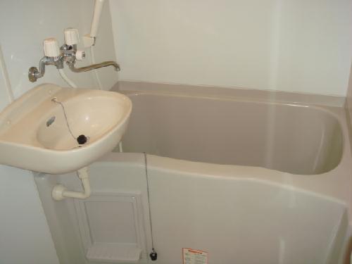 レオパレスMINA 109号室の風呂