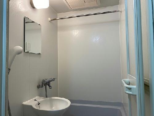 レオパレスクンプウ 102号室のトイレ