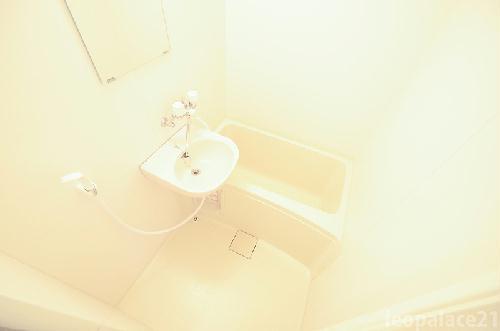 レオパレス栗林 303号室の風呂