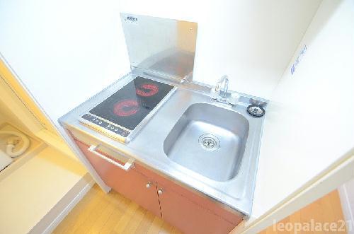 レオパレスMizuta 105号室のキッチン
