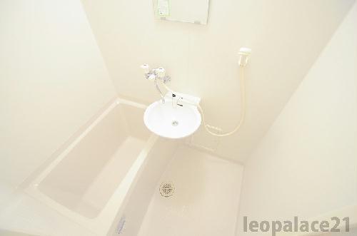 レオパレスエスペーロ・I 209号室のトイレ